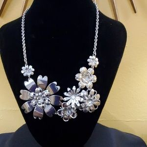 LOFT Silver Metal Floral Statement Necklace #540